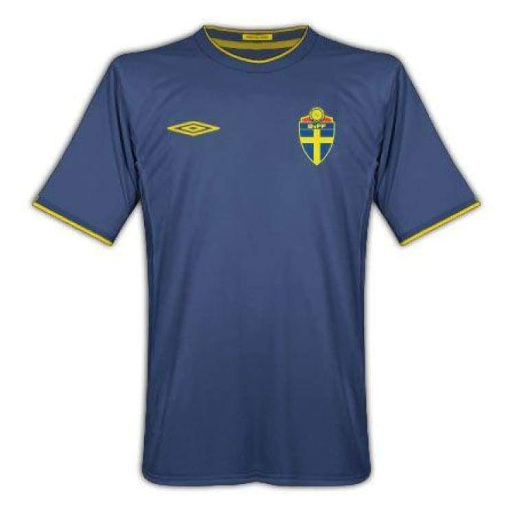 Jerseys / Soccer: Umbro National Team 2010 Sweden (A) S/s - Umbro / M / Blue / 2010 Away Kit Blue Clothing Football |