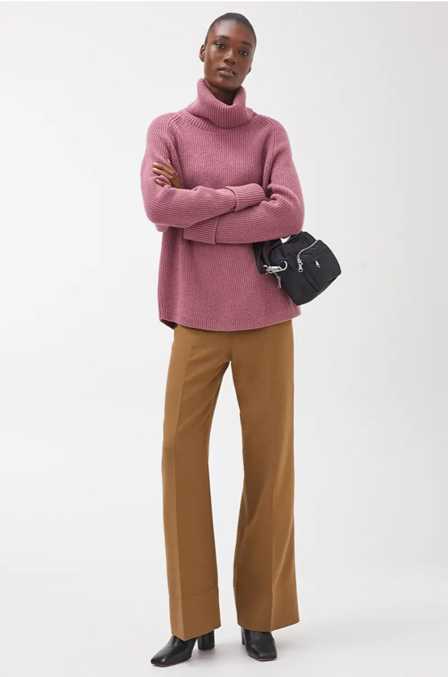 Relaxed Roll-Neck Jumper