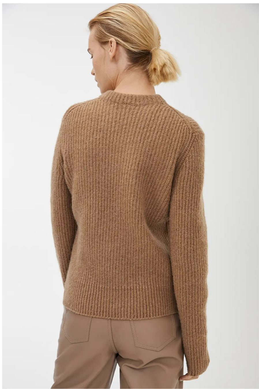Crew-Neck Ribbed Jumper