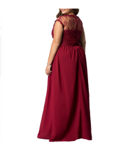 Plus Size Mesh Sweetheart Maxi Dress - Dresses