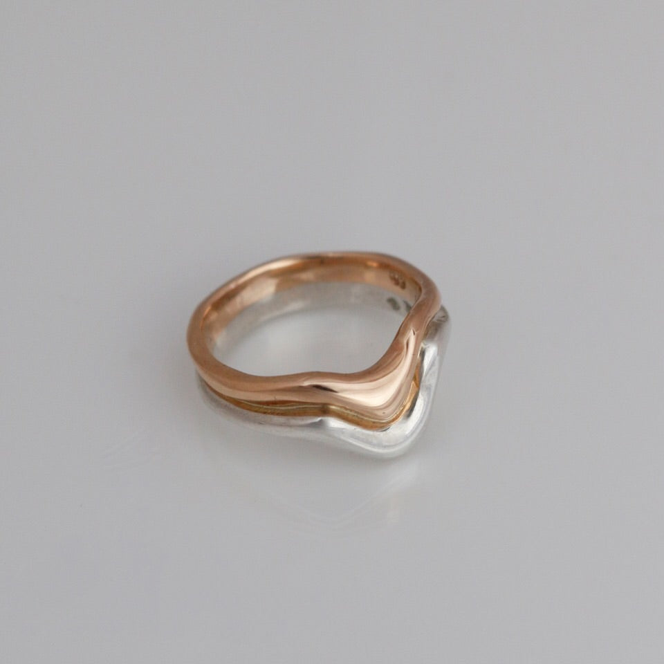 Sculptured ring