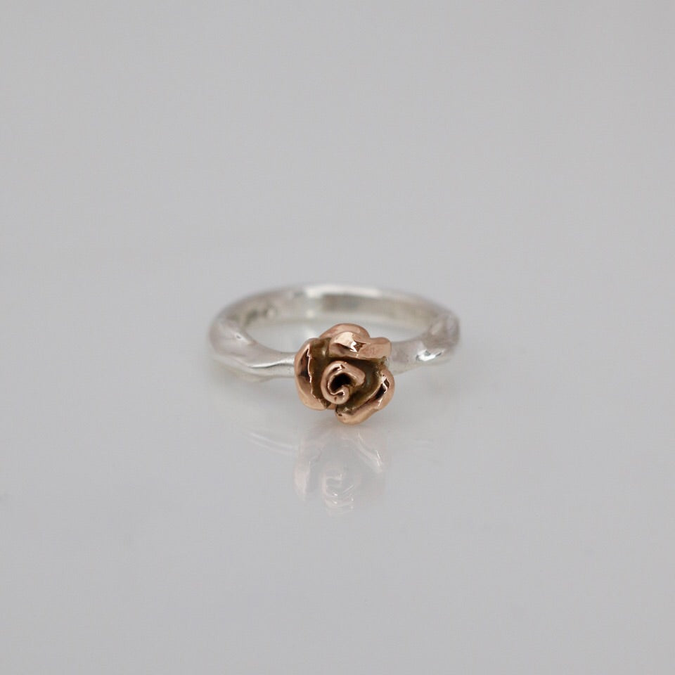 Rosebud Ring Rose Gold