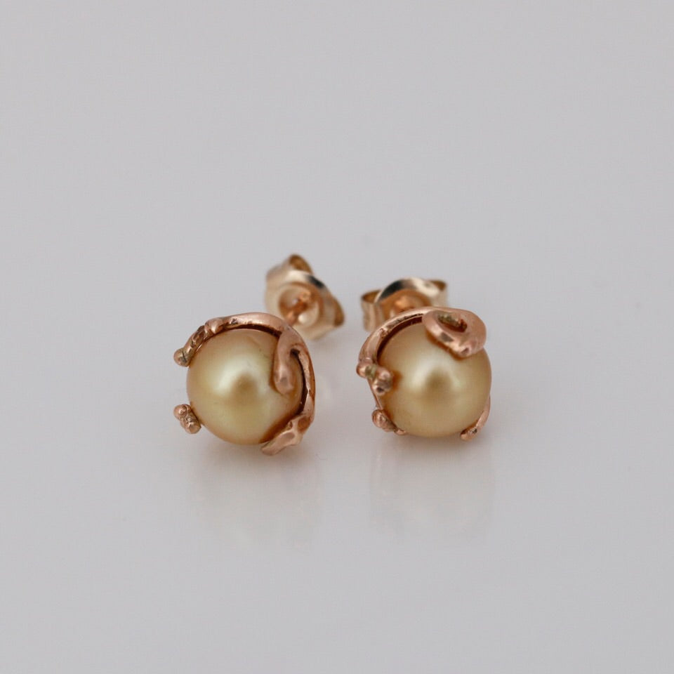 Australian  South Sea Golden Pearl stud earrings