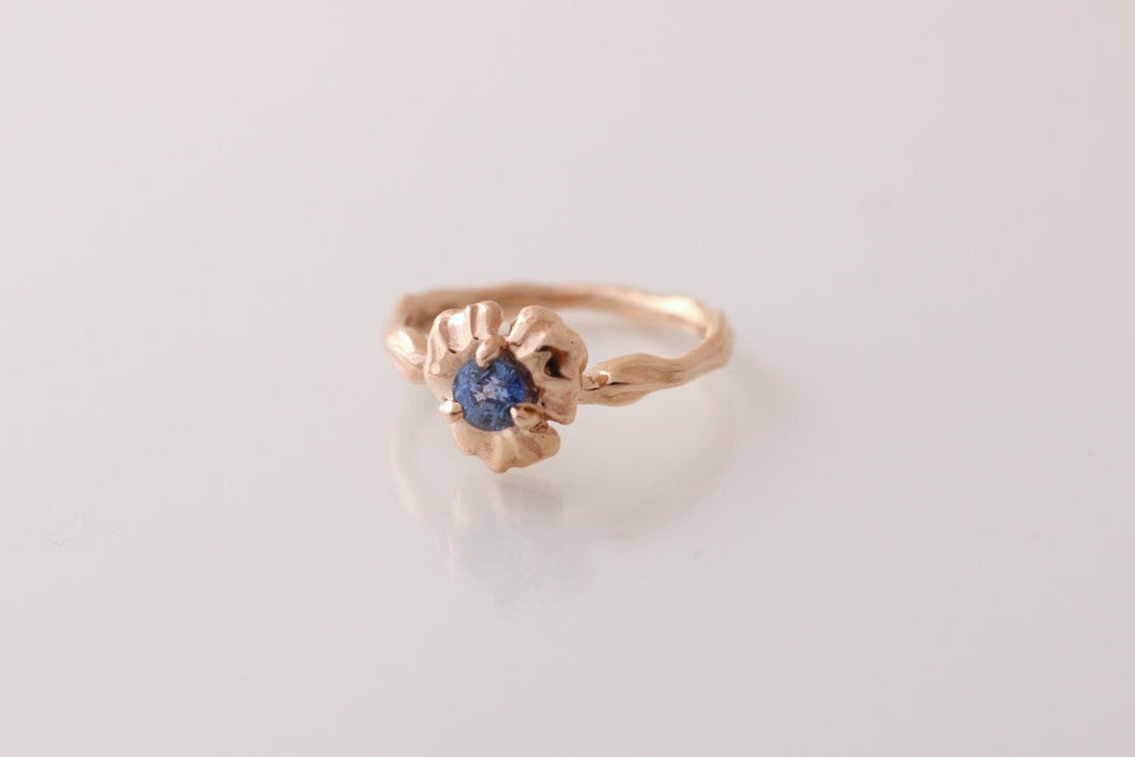 Flower ring set with Ceylon sapphire