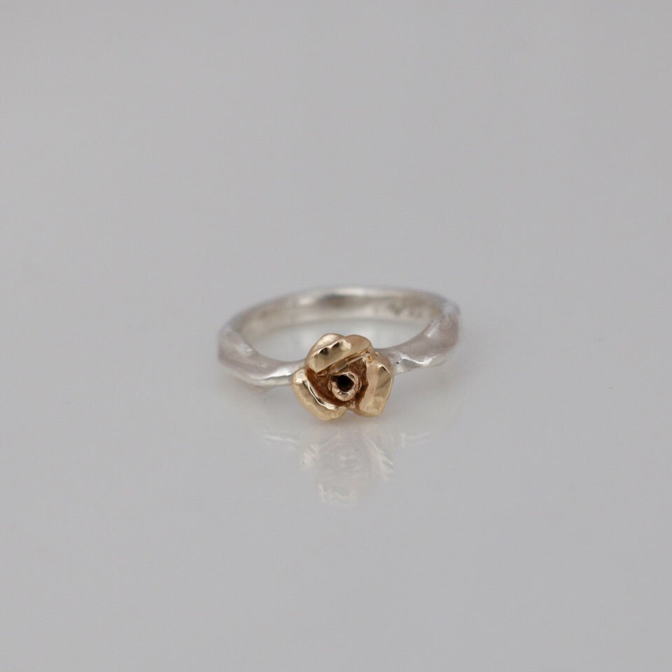 Rosebud Ring Yellow Gold
