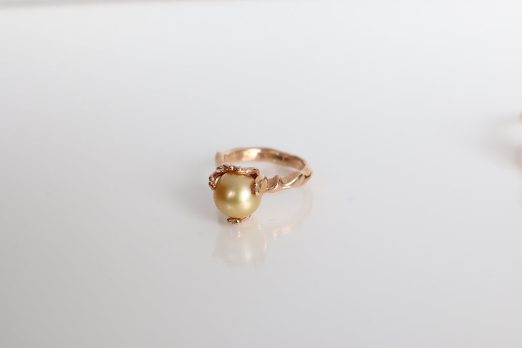 Australian South Sea Golden Pearl ring