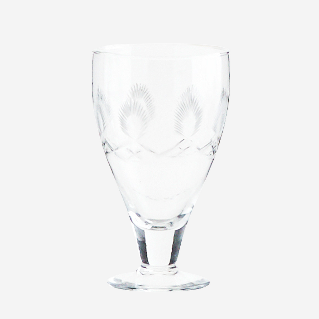Vaso de cristal tallado con pie. Glass on foot w/cutting.Madam Stoltz. Decoración. Decor