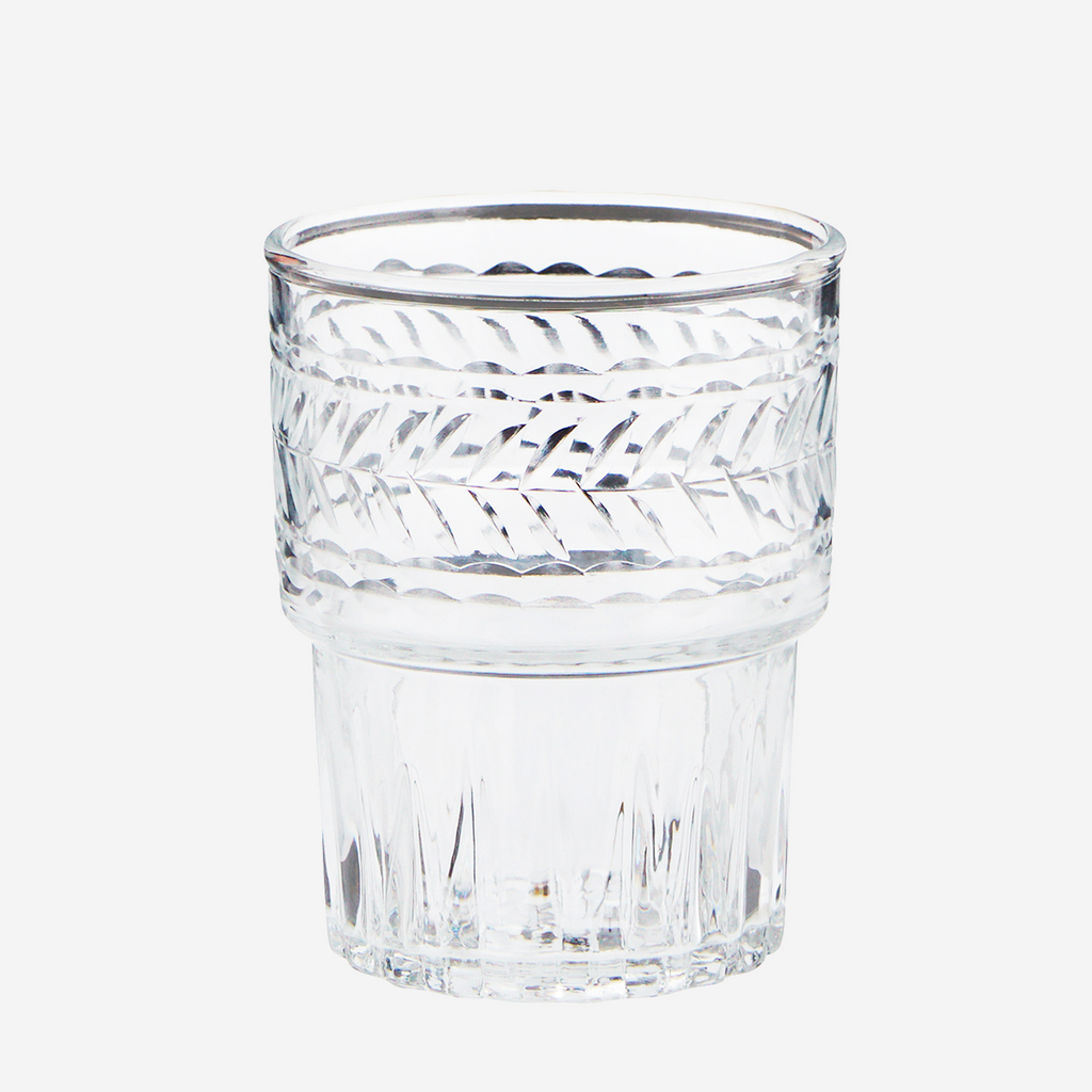 Vaso de vidrio tallado. Drinking glass w/ cutting. Decoración. Decor.