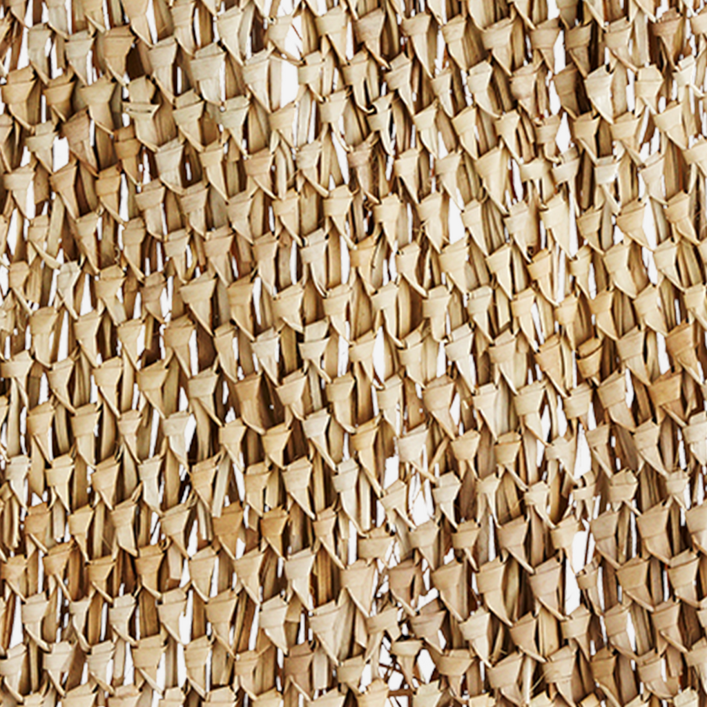 Decoración de Pared de Hoja de Palma. Palm Leaf wall deco. Madam Stoltz. Decoración. Decor. Nomad Estilo.