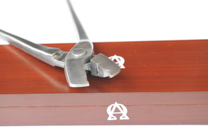 "Scienctific Horseshoeing Box Joint 16"" Nail Pullers"