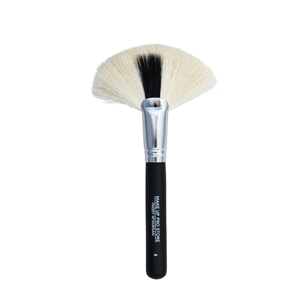 No.6 PRO Large Fan Brush - Make Up Pro Store