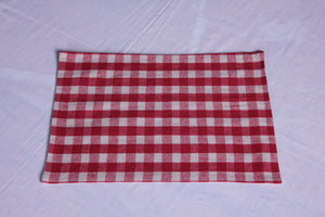 Merry Check Red table mat