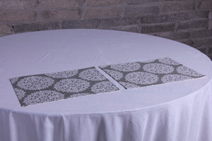 Frosty sparkle grey table mat