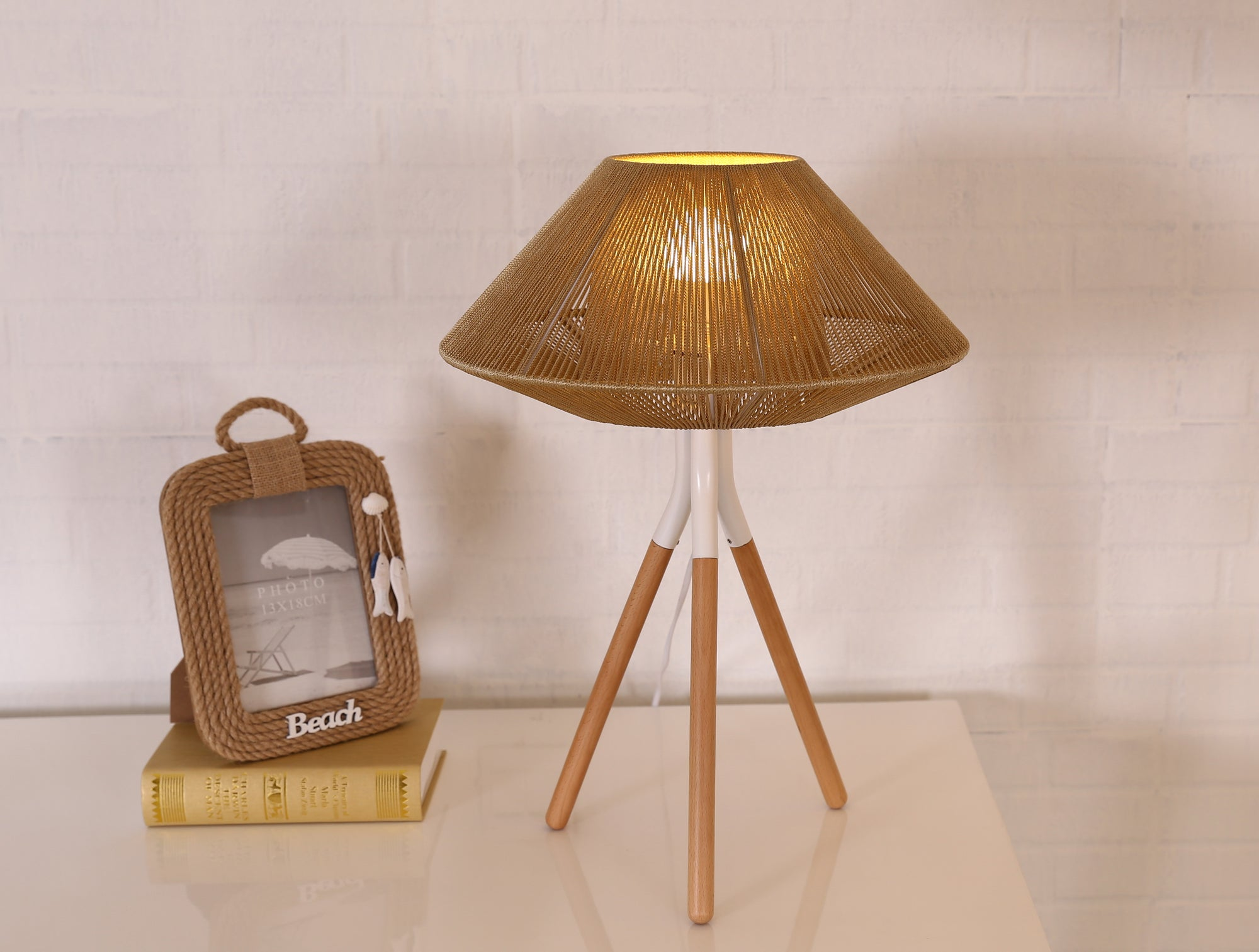 Rope Mesh Tripod Table Lamp Brown - Fervor + Hue