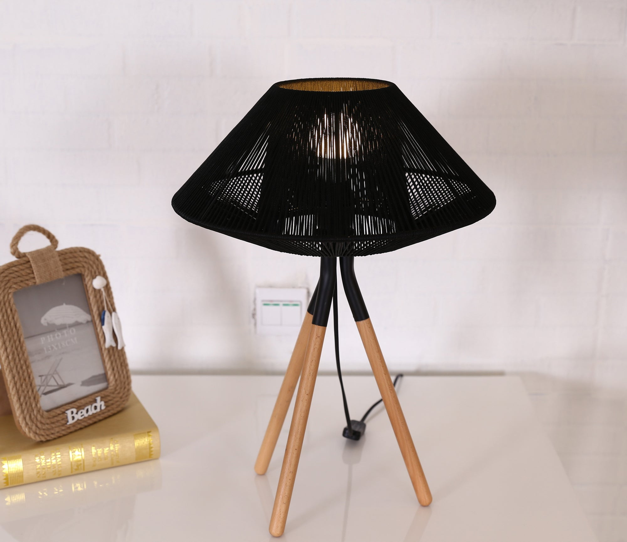 Rope Mesh Tripod Table Lamp Black - Fervor + Hue