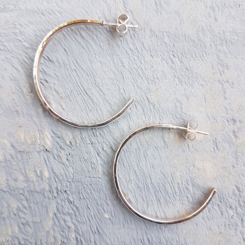 Small Hammered Hoops