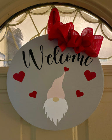 Welcome gnome sign