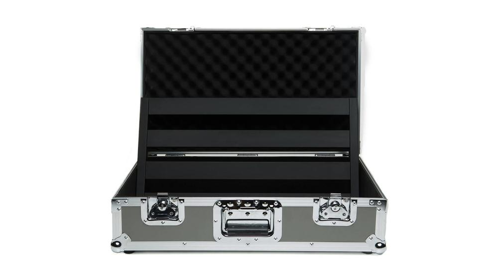Pedaltrain Classic 2 with Tour Case Pedal Boards