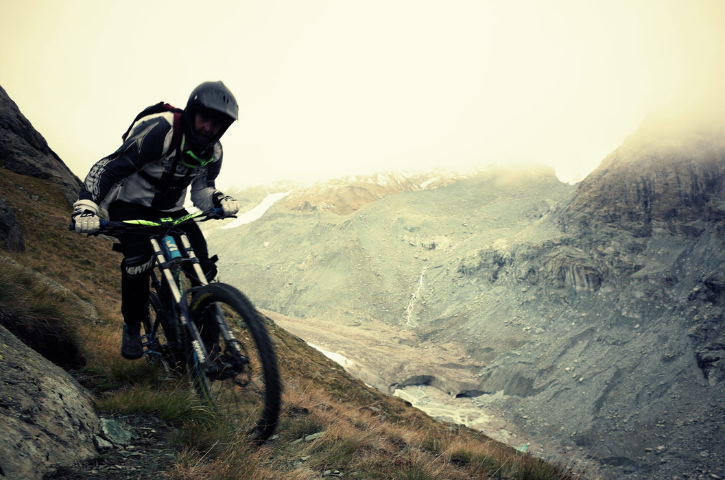 DOWNHILL RIDE with a BREW, BBQ & Tunes