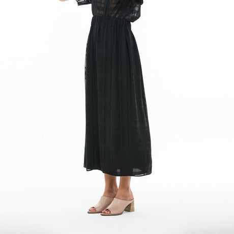 DRAPE BLACK SKIRT