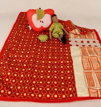 Apple pillow & Quilt