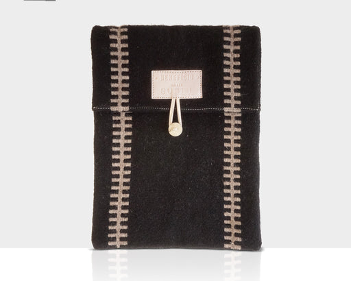 Laptop Sleeve | Accessories | O Benefício | [product_tag] - Fair Bazaar Ethical Living