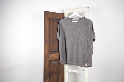 Basic T-shirt | Tops | Näz | [product_tag] - Fair Bazaar Ethical Living