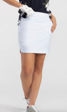 "Pull-On 17"" Skort (White / Black)"