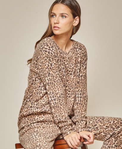 Leopard Pull-Over Lounge Top