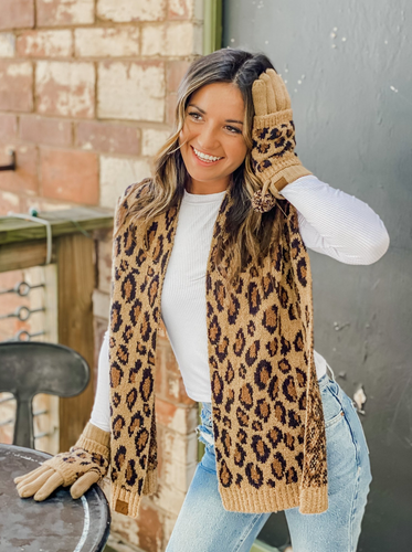 **NEW** Leopard Boucle Knit Scarf
