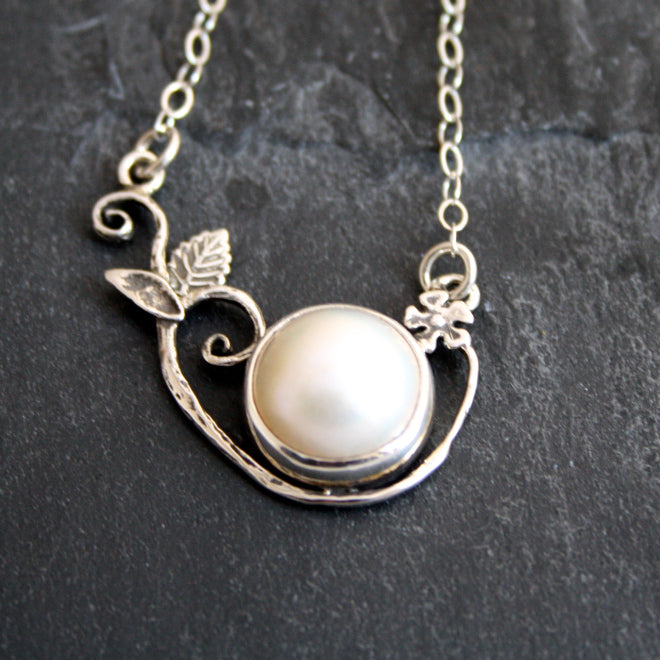 Delicate balance With Mabe Pearl $295