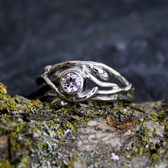 The Woodland Engagement Ring 14kt White Gold
