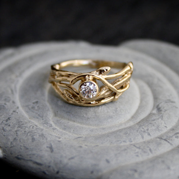 The Woodland Engagement Ring 14kt Yellow Gold