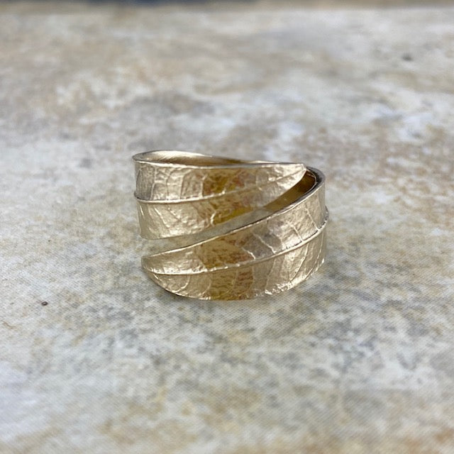Willow Leaf Ring in Bronze