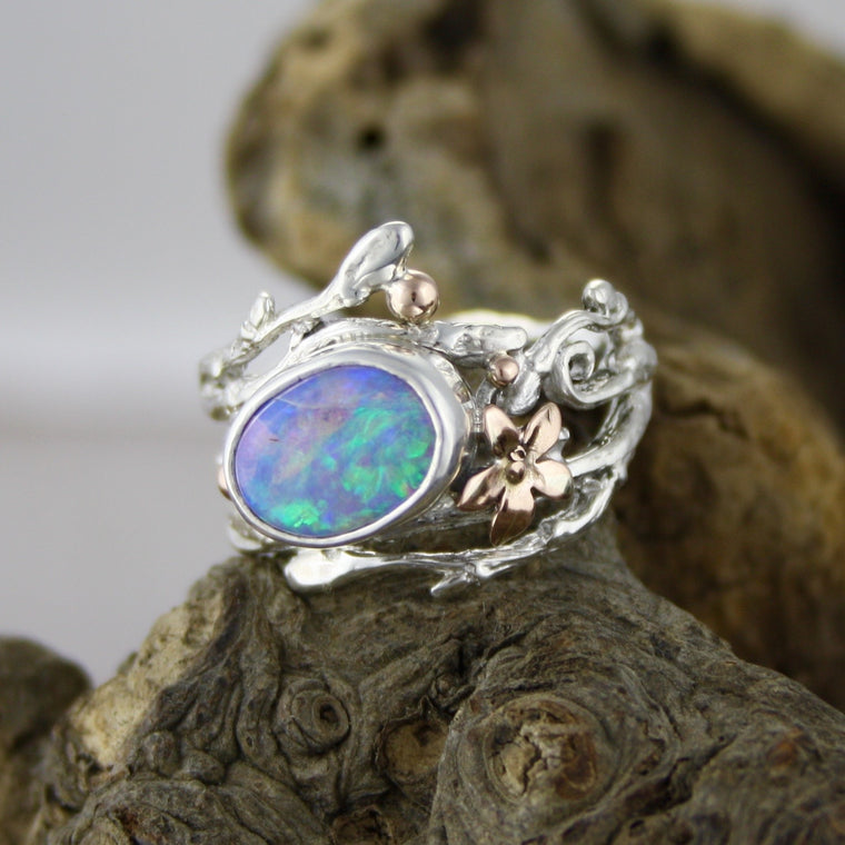 Gorgeous Pipe Boulder Opal Ring