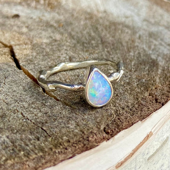 Sweet Little Fiery Pipe Boulder Opal Ring