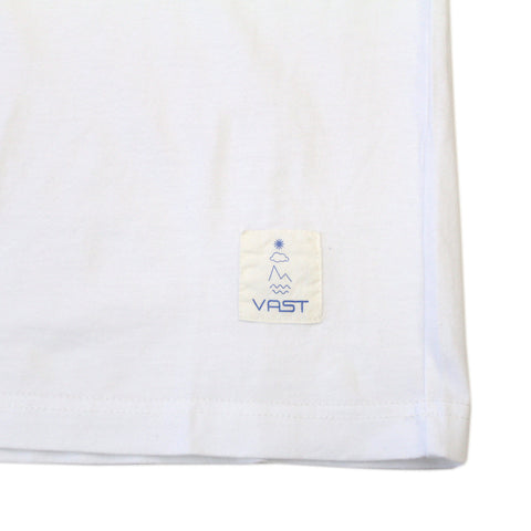 VAST-VS NATURE TEE (WHT)