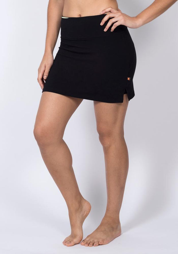 Carrot Banana Peach Shorts S / Black Bamboo Sports Skort