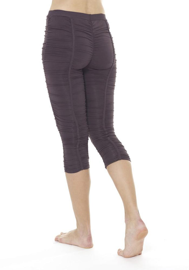 Clearance Items Capri Banana Groove Capri Leggings