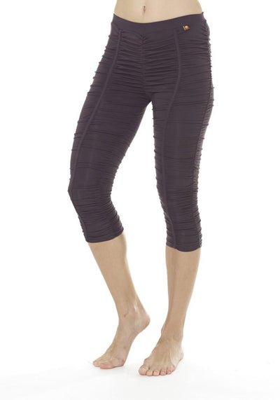 Clearance Items Capri L / Graphite Banana Groove Capri Leggings