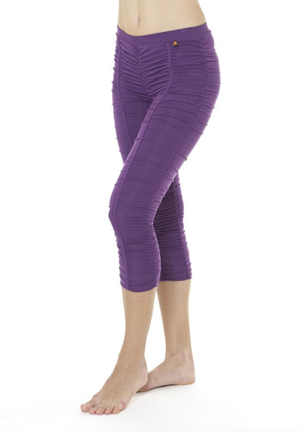 Clearance Items Capri XS / Aubergine Banana Groove Capri Leggings