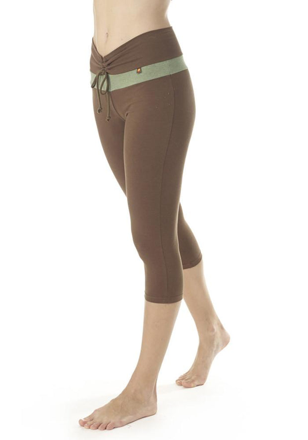 Clearance Items Capri XS / Olive Bamboo V Waist Capri Leggings