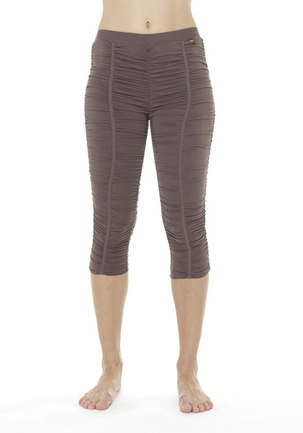 Clearance Items Capri XS / Seaweed Banana Groove Capri Leggings