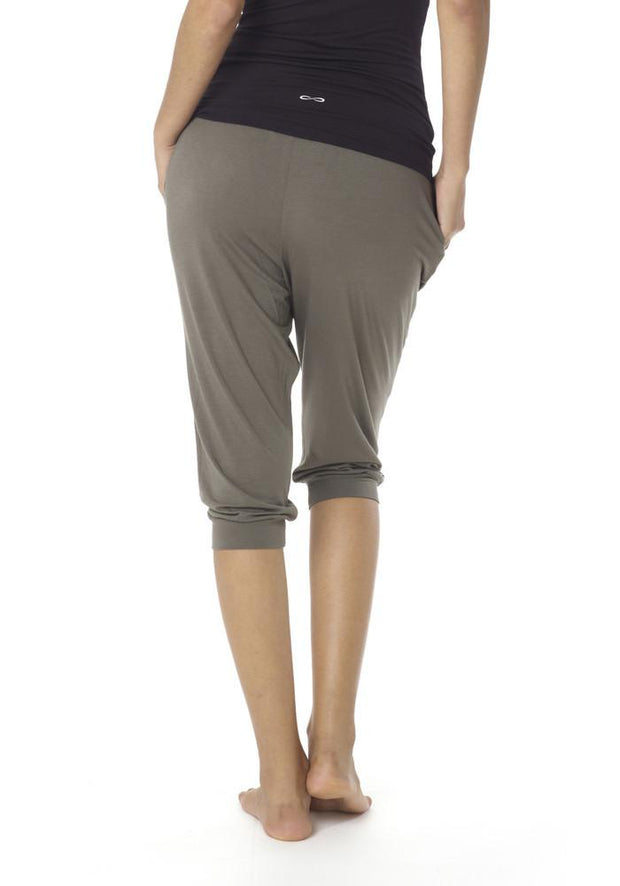 Clearance Items Culotte L / Blackberry Yoga Retreat Culottes