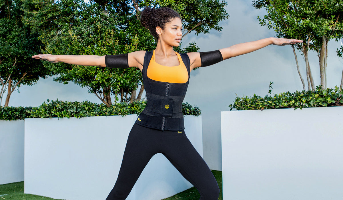 1-woman exercising with her Hot Shapers the ultimate body slimming kit 2.0