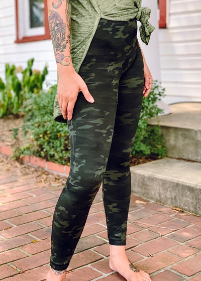 Look At Me Now Leggings-CAMO