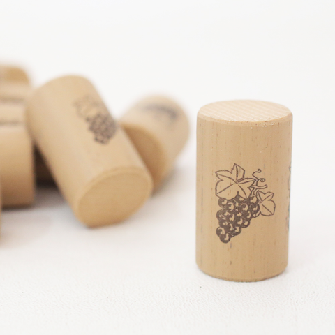 "Corks, Wine - #9 x 1 1/2"" Nomacorc Select 900 Series (1000/bag)"