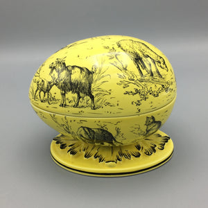 Mottahedeh Canary Yellow Porcelain 'Ostrich Egg' Box with Toile Animal Farm