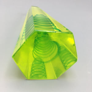 Cenedese Murano c. 1950 Bright Uranium Yellow Green Glass Obelisk With Inclusion