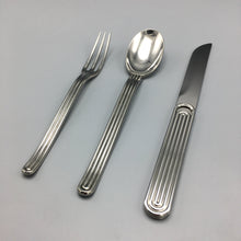 Ward Bennett Modernist Japanese Stainless Steel 'Webb' Flatware 8 Place Settings (24 pc)